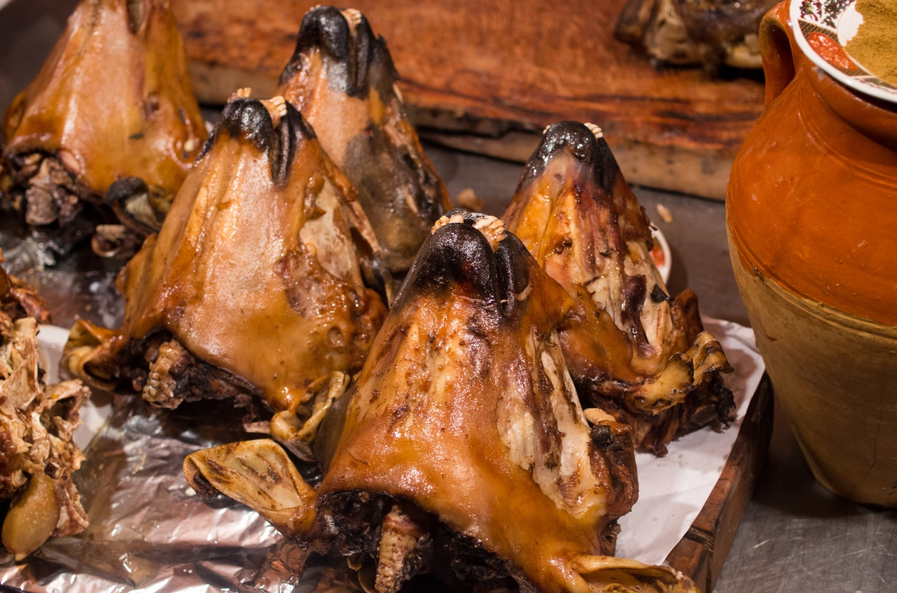Top 10 Strangest Dishes Eaten Around The World for Lamb Head Food  51ane